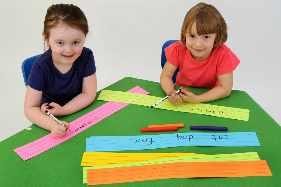 Multicoloured Lined Sentence Strips