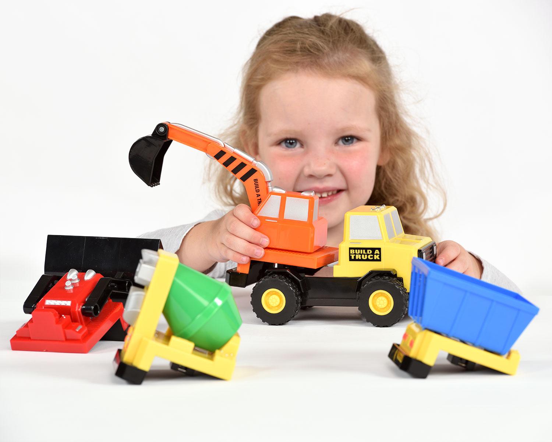 Build A Truck >> Magnetic Build A Truck Carson Dellosa Incastro Popular