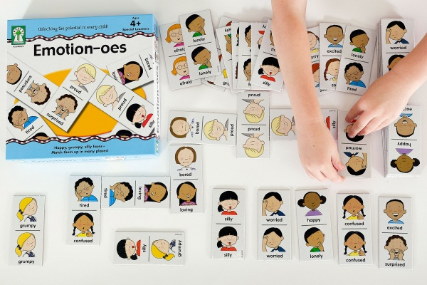 Emotion-oes Board Game